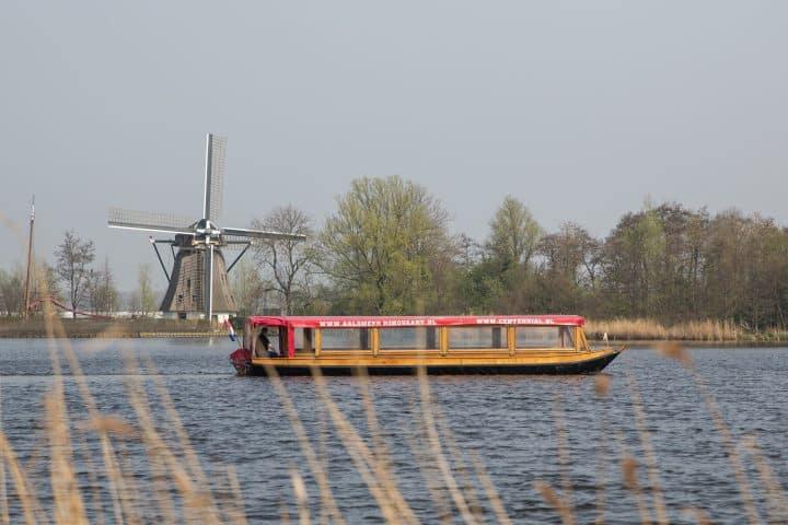 Rondvaart in Aalsmeer met korting | Voordeeluitjes van NapPas